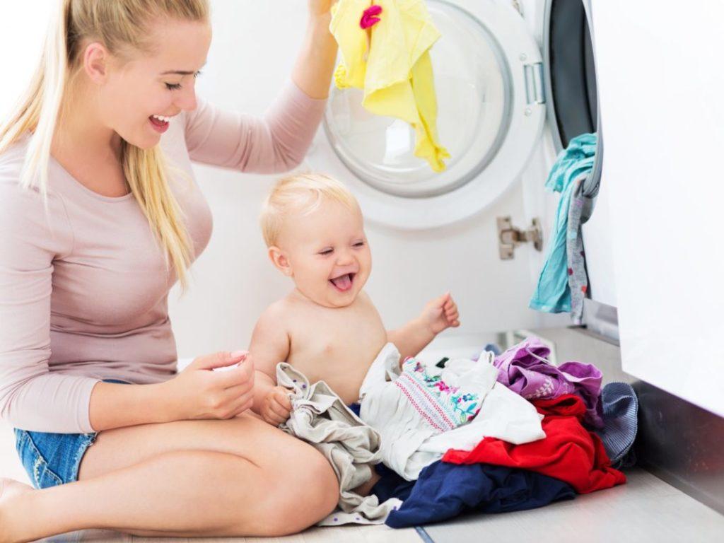 Как гладить вещи для новорожденных и зачем это делать