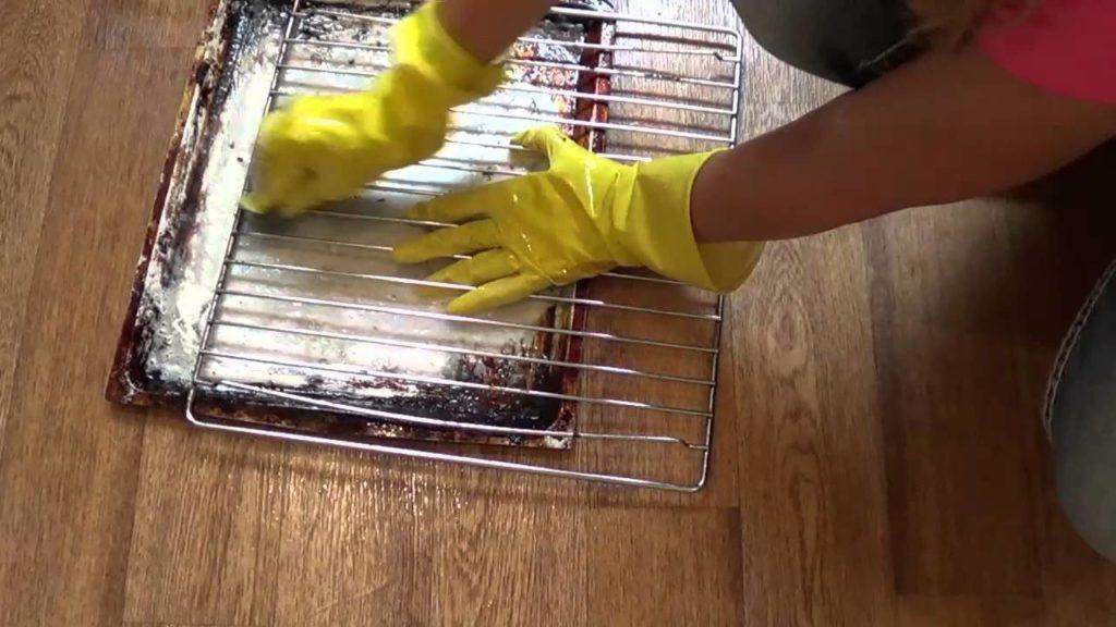 Как быстро отмыть от жира и нагара решетку-гриль
