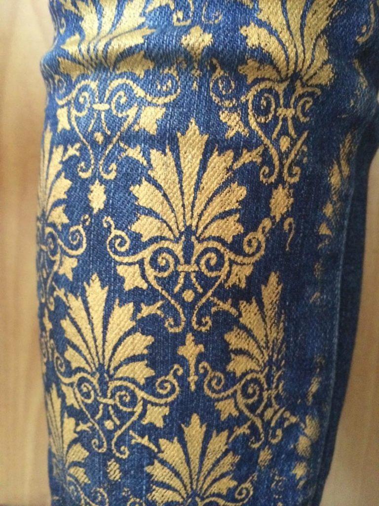 Как можно покрасить старые джинсы в домашних условиях