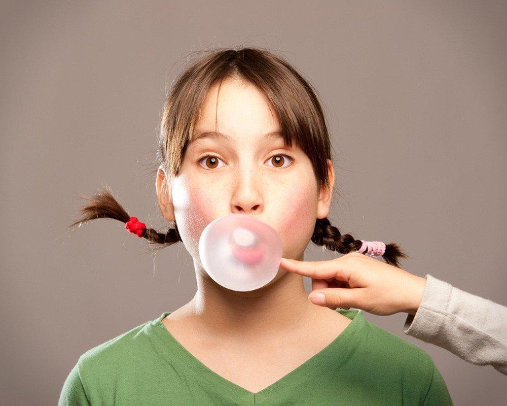 Как убрать жвачку с волос ребенка