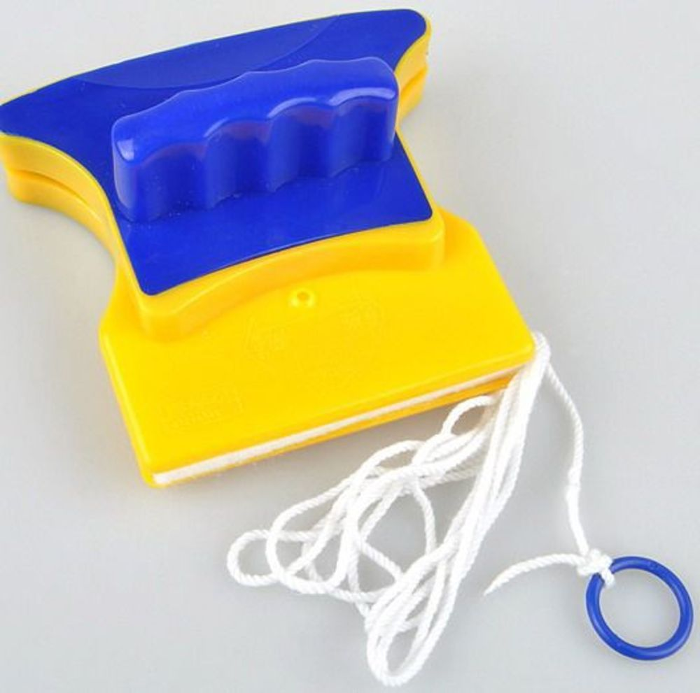 Как правильно пользоваться магнитными щетками для мытья окон