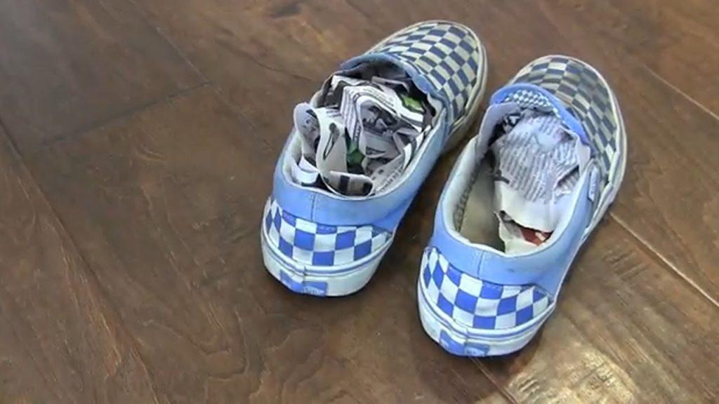 Как избавиться навсегда от неприятного запаха из обуви