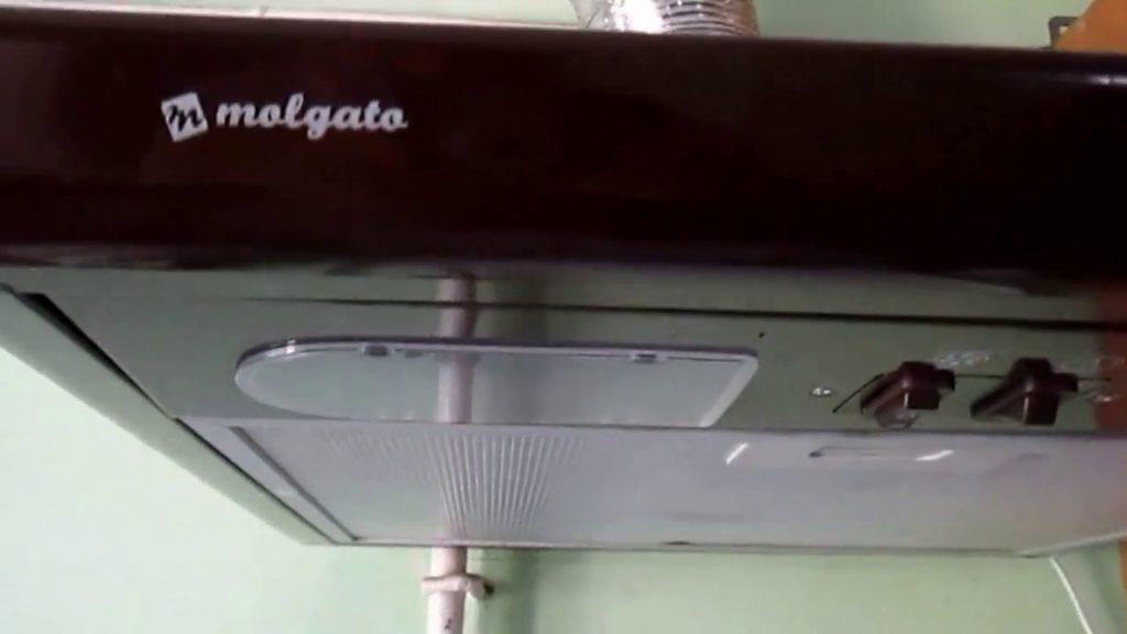 Что делать если кухонная вытяжка стала сильно шуметь и вибрировать