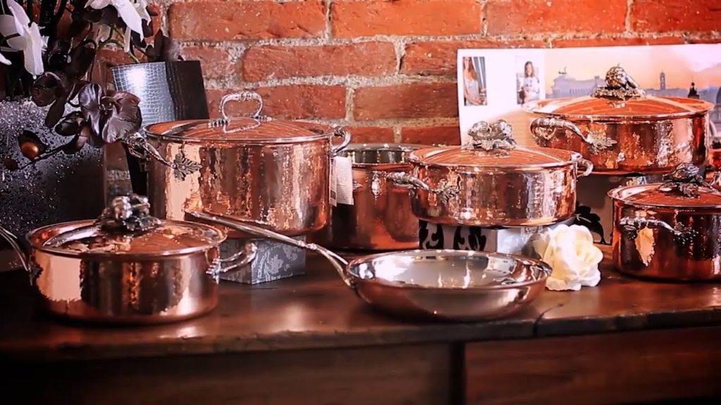 Как правильно очистить медную посуду от налета