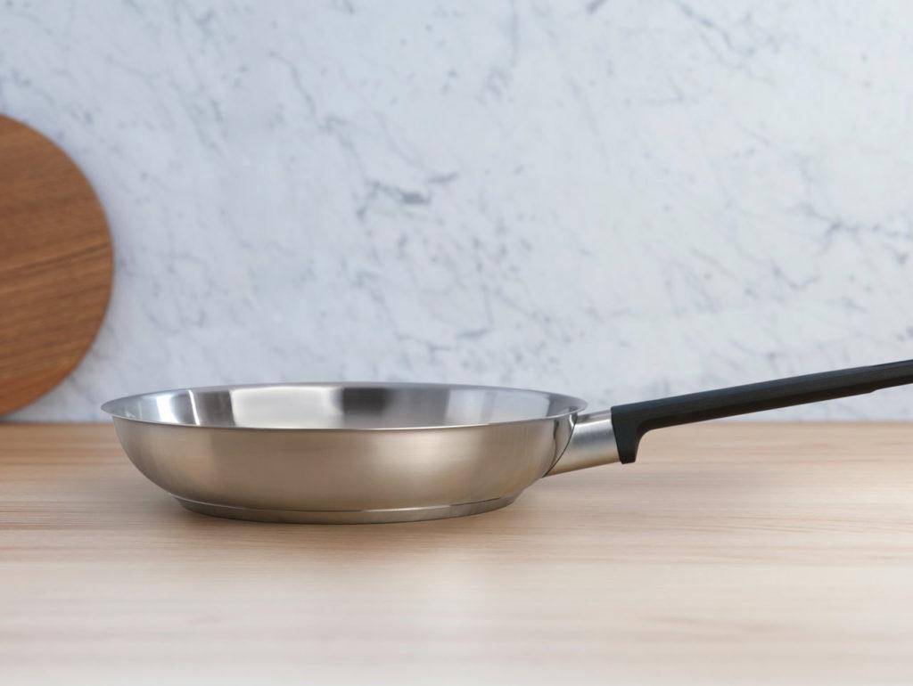 Зачем нужно прокаливать сковороду