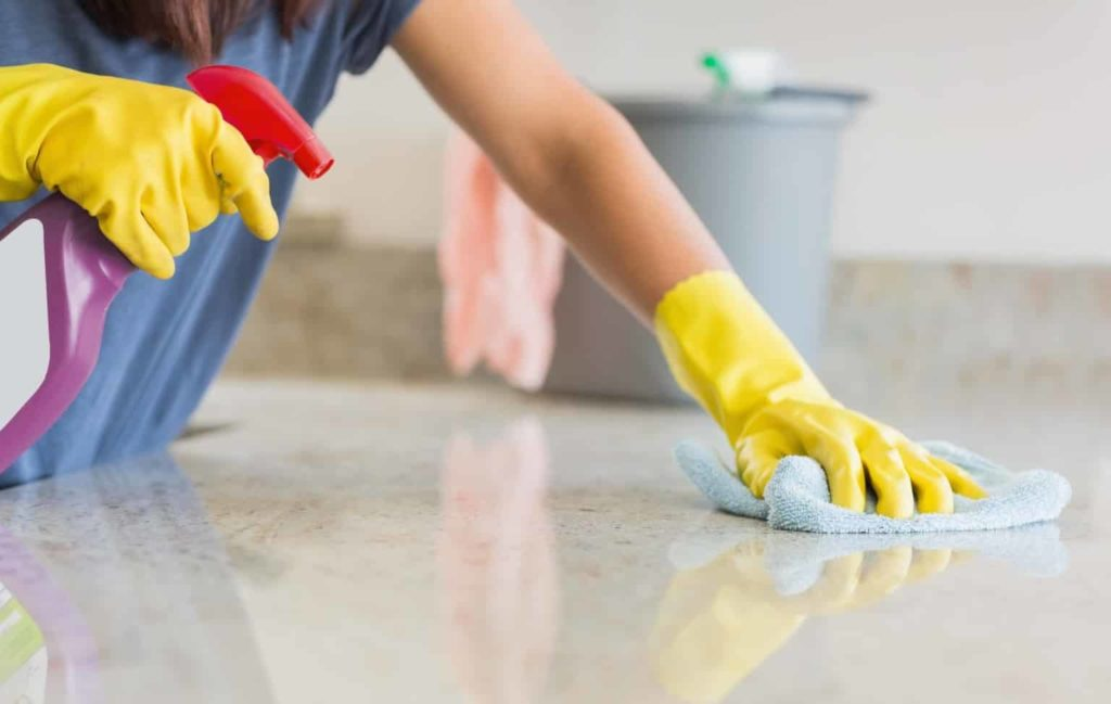 Как убрать квартиру от строительной пыли